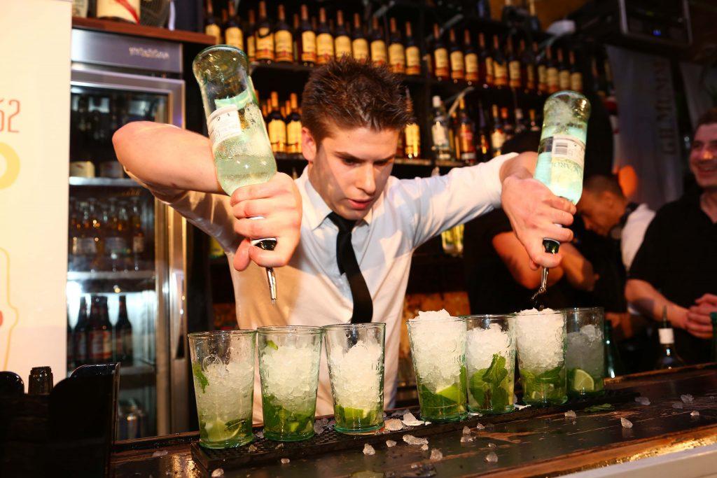 calle ocho bar à ambiance latino