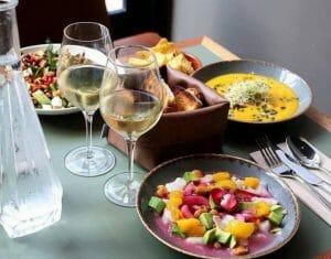 restaurant vinyle bordeaux