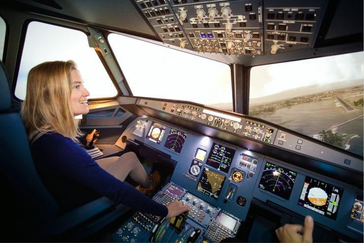 simulateur d'avion aviasim airbus A320 cockpit activités insolites à bordeaux