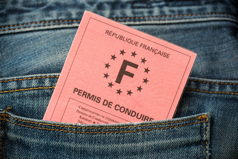 Photo of La Nouvelle-Aquitaine aide les jeunes à payer leur permis