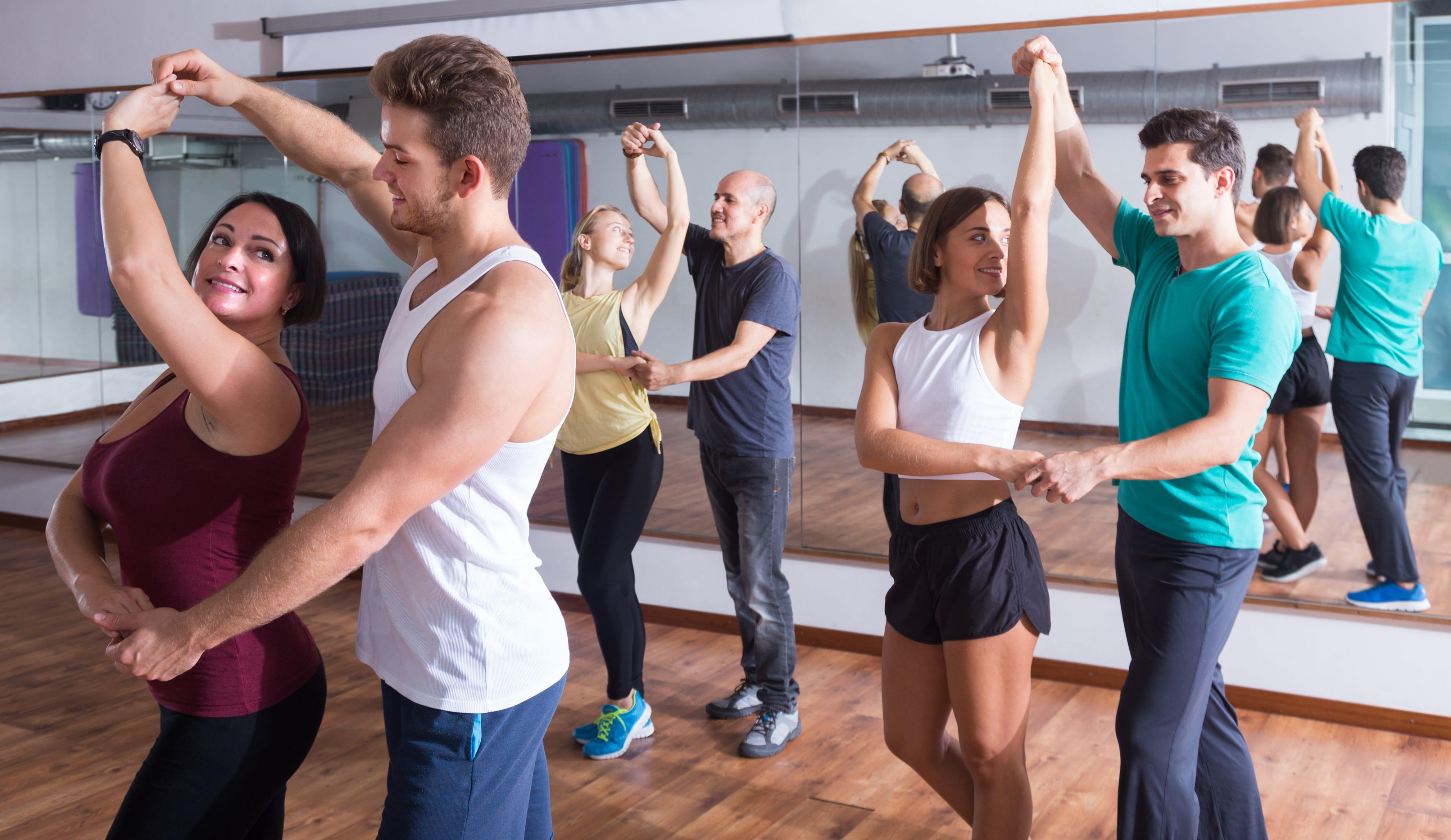 Photo of Prenez des cours de danses gratuits tous les jours au B11