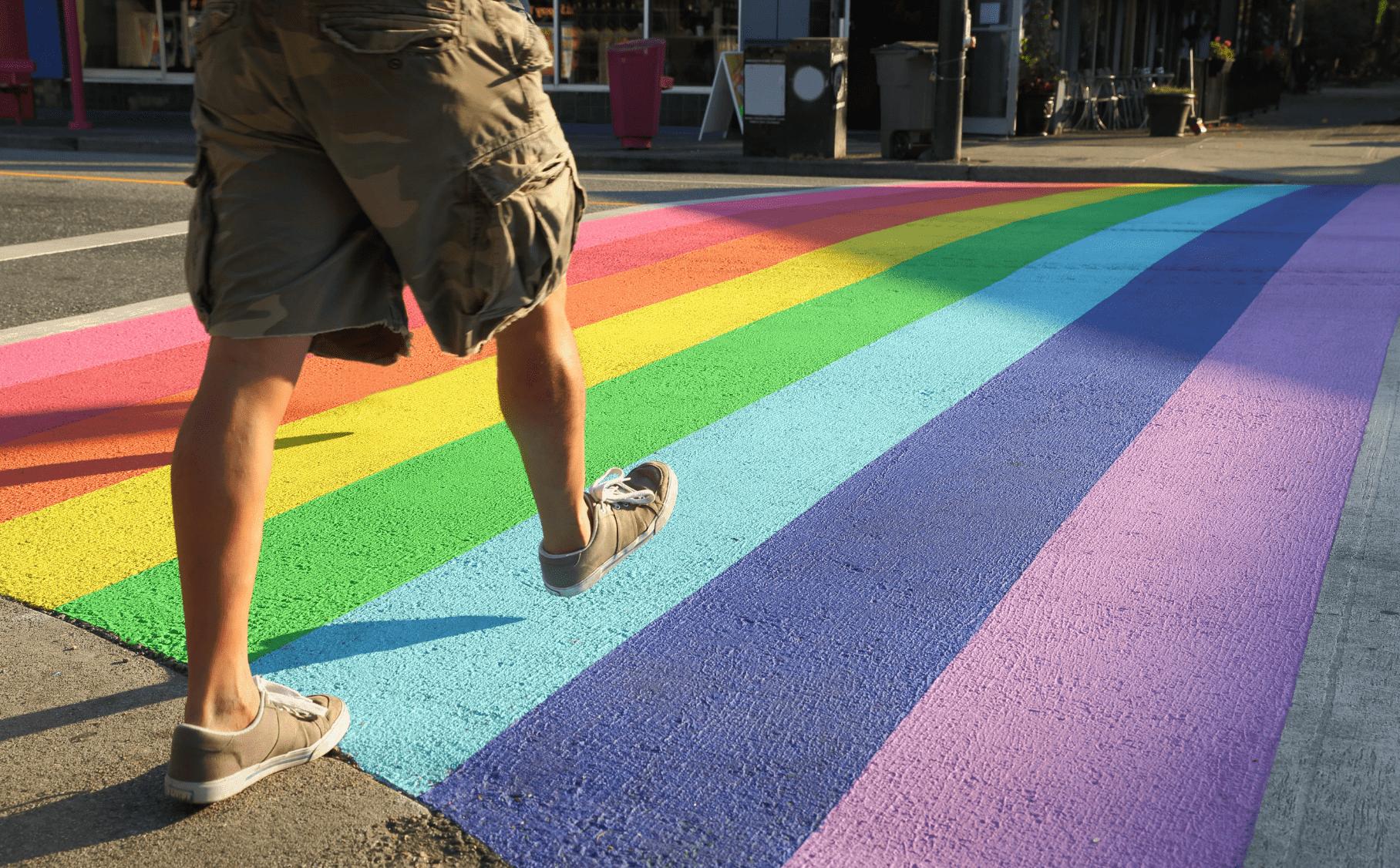 Photo of Bientôt un passage piéton aux couleurs LGBTI à Bordeaux