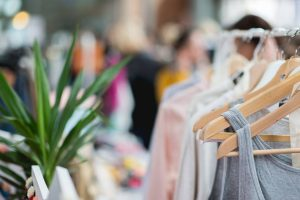 shopping, vide-dressing
