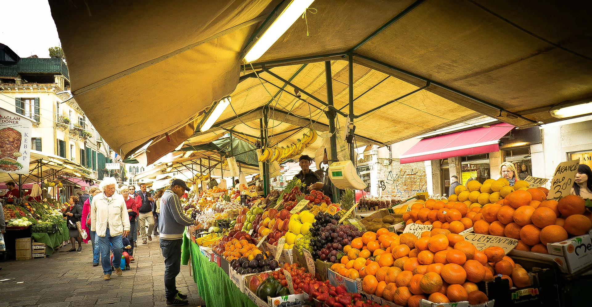 Photo of Où faire son marché le dimanche à Bordeaux