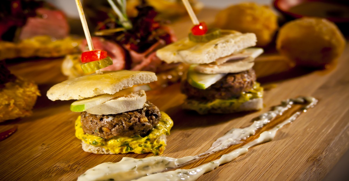 Photo of Un burger au foie gras pour les donateurs de sang