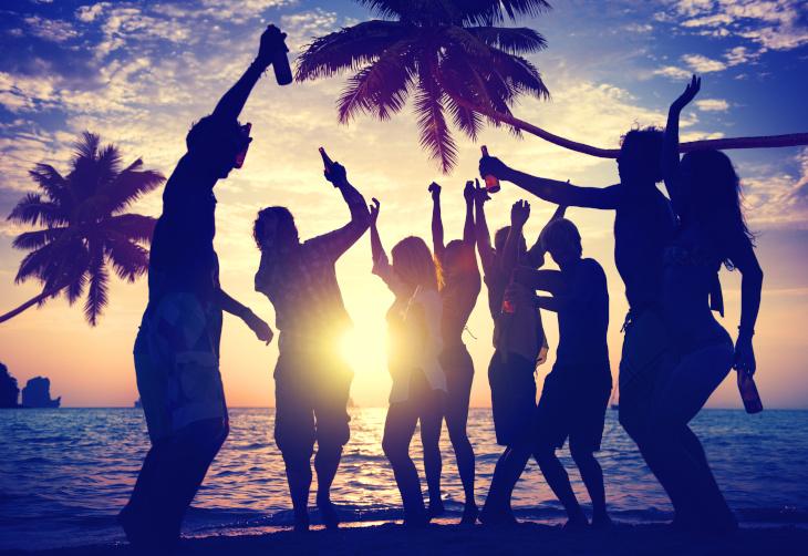 Photo of Une soirée «Beach Party» de haut vol chez Climb Up ce jeudi