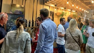 Photo of Tutiac Fête les Vendanges : Partagez un vrai repas de vendangeur en compagnie de vignerons dans le centre de Bordeaux