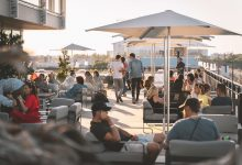 Photo of Cocktails, barbecue et tapas tout l'été sur le rooftop du Dock G6