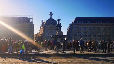 Photo of Bordeaux : 400 manifestants place de la Bourse ce samedi